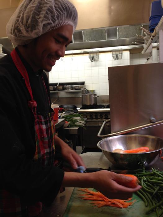 Aeh slicing vegetables